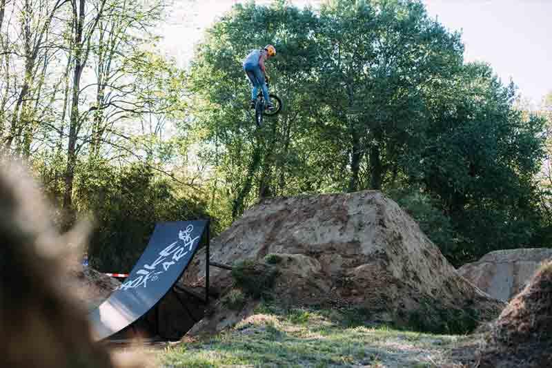 BMX Dirt Terre