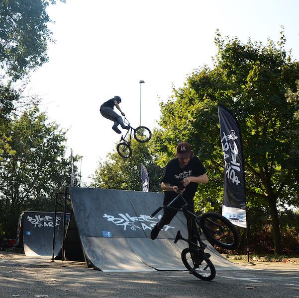 Démonstration BMX Freestyle et flat