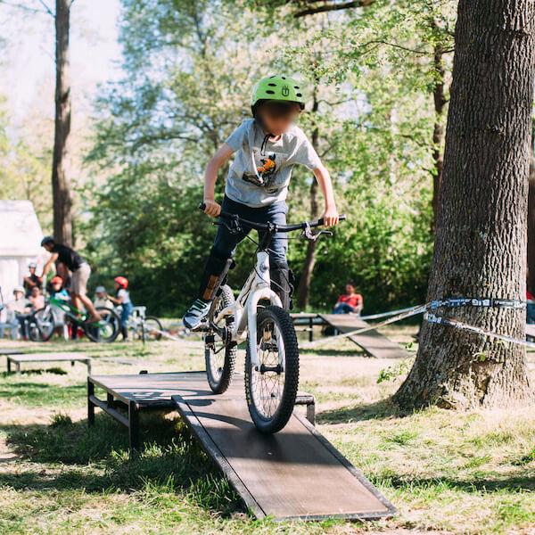 Initiation vélo trial évènement
